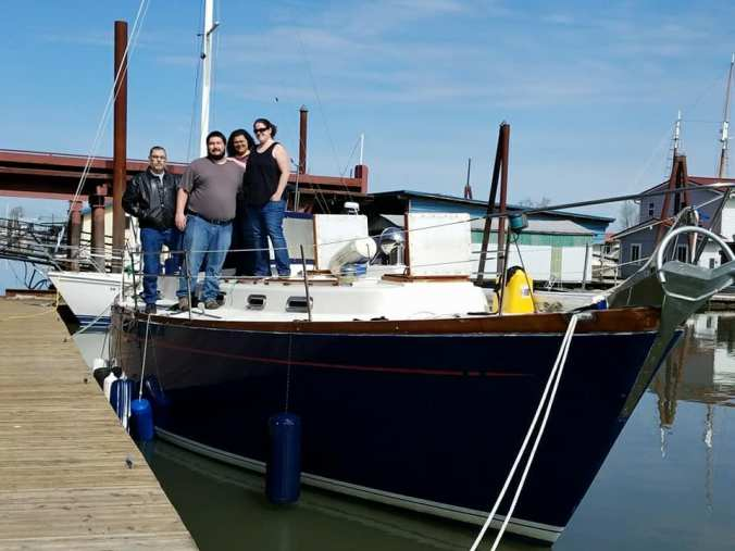 mosaic voyage - family preparing for sailing and cruising