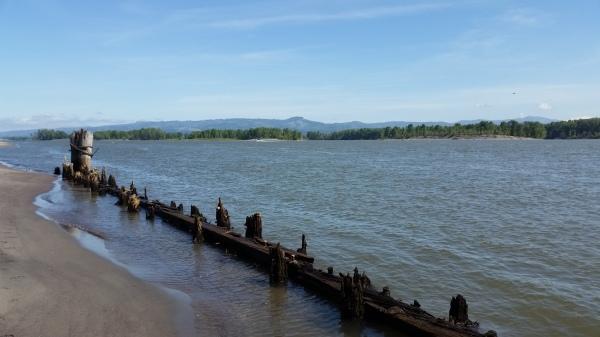 Sand Island Oregon St Helens Cruiser's Review