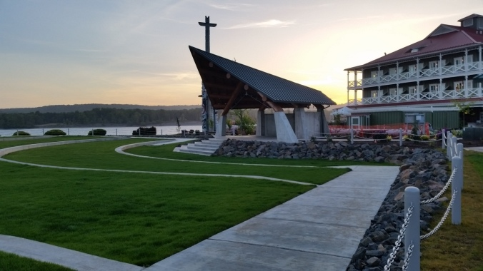McMenamins Kalama Lodge and Outdoor Amphitheater